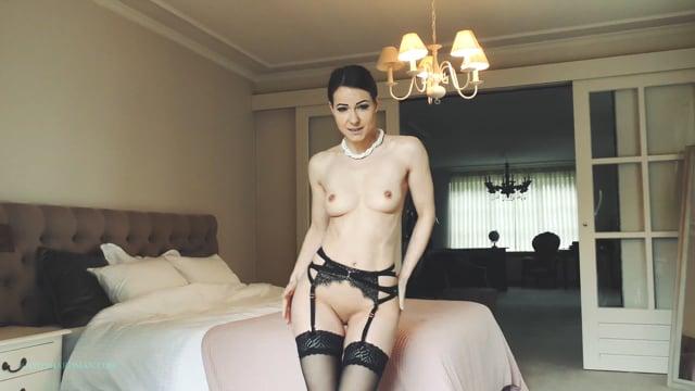 4K : Czech Nude Model Melisa Mendini