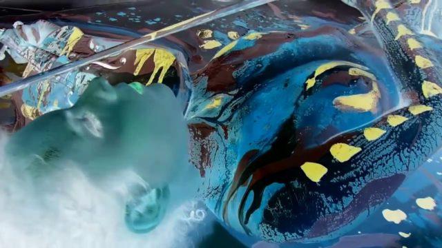"""""""Symphonie pour un Violon"""" – ALAINJUNO (Artiste – Performeur Body Action-Painting)"""