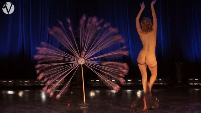 Red Hot Annie Headlining at Empire Burlesque Festival 2015