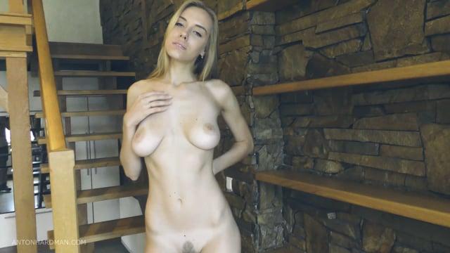 4K : Ukrainian Nude Model Stefani Valerievna  II