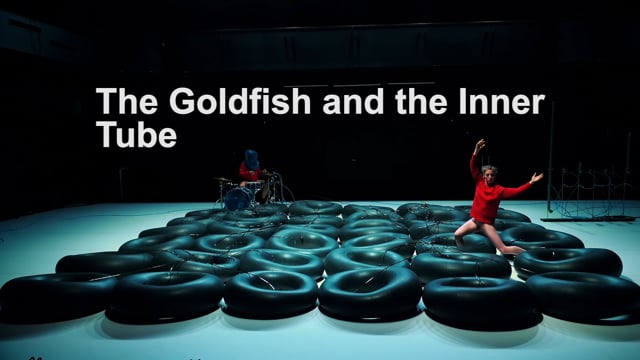 The Goldfish and the Inner Tube – Ruth Childs, Stéphane Vecchione – Création